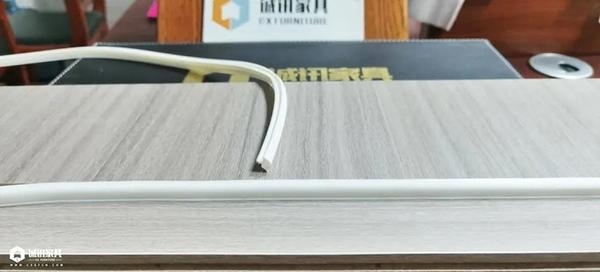 重庆优德W88体育w88优德官网包装全新升级:门扇胶条2